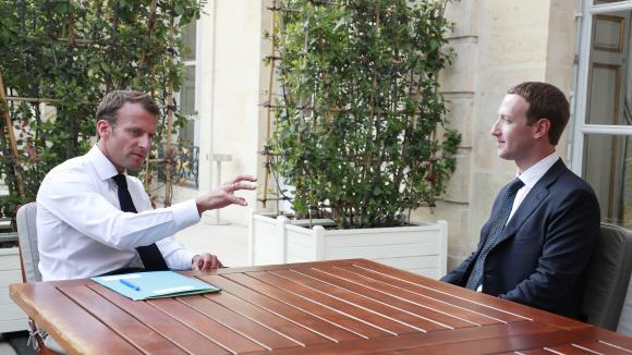 Pourquoi Macron reçoit le patron de Facebook. Une question d'argent ?