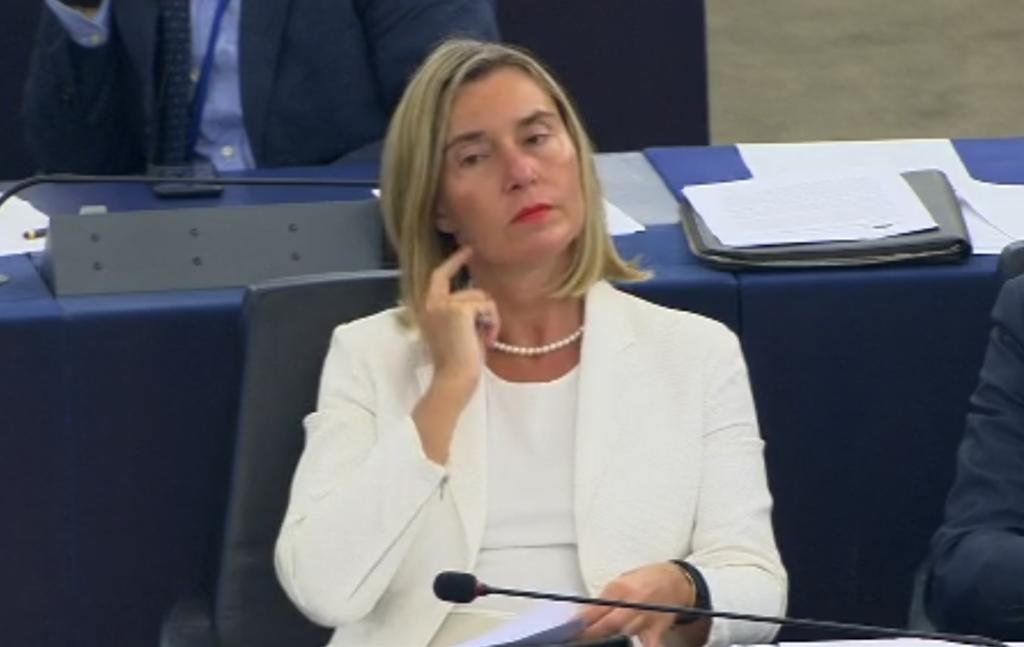 Ingérences : Federica Mogherini répondant à Hervé Juvin