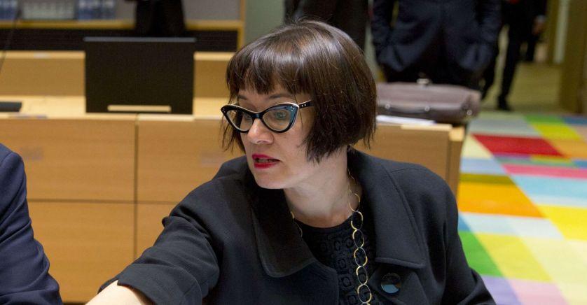 Sabine Weyand commission