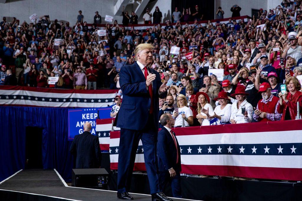 Démocratie Trump contre les juges