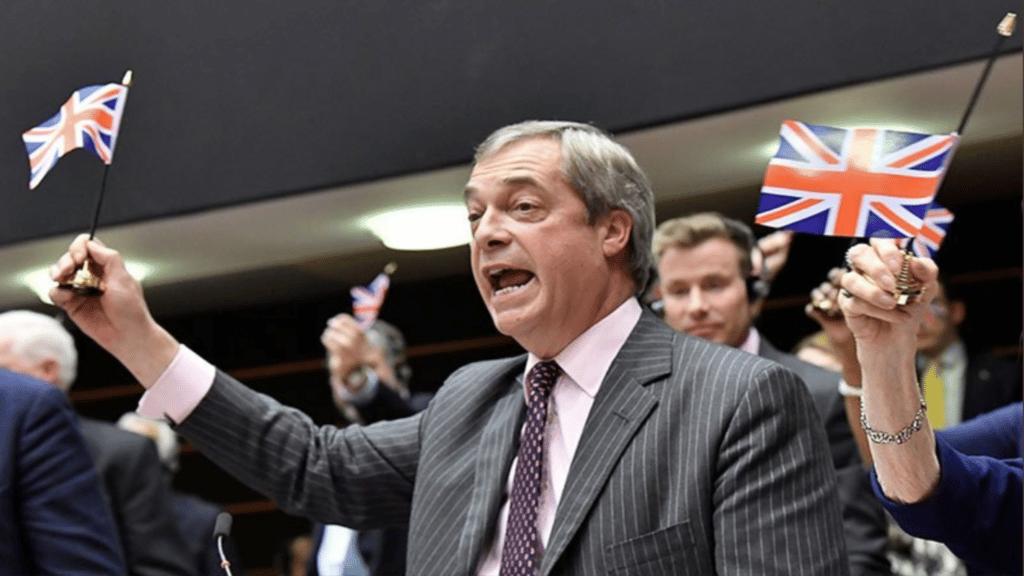 Nigel Farage héros du Brexit